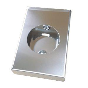 Dispensador de bolsas higiénicas, concebido para aplicação em espaços apropriados.