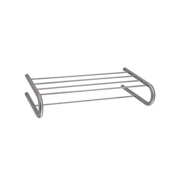 Porta toalhas concebido para pousar ou pendurar as toalhas melhorando o conforto da casa de banho.